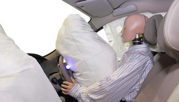 The risks of defective airbags