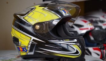 NHTSA reviews effectiveness of motorcycle helmets