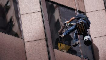 Las Vegas Window Washers At Risk
